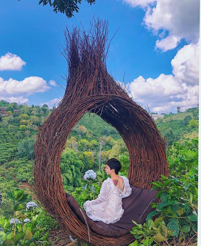 Đà Lạt lại xuất hiện góc sống ảo mới 'sao chép' ý tưởng từ Bali, lên hình liệu 'có cửa' so với bản gốc? Ảnh 17