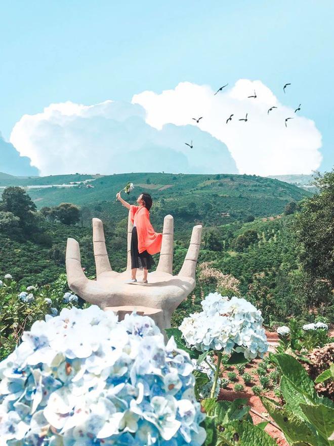 Đà Lạt lại xuất hiện góc sống ảo mới 'sao chép' ý tưởng từ Bali, lên hình liệu 'có cửa' so với bản gốc? Ảnh 3