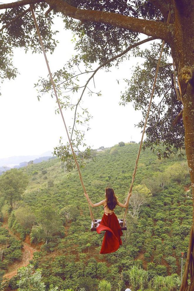 Đà Lạt lại xuất hiện góc sống ảo mới 'sao chép' ý tưởng từ Bali, lên hình liệu 'có cửa' so với bản gốc? Ảnh 10