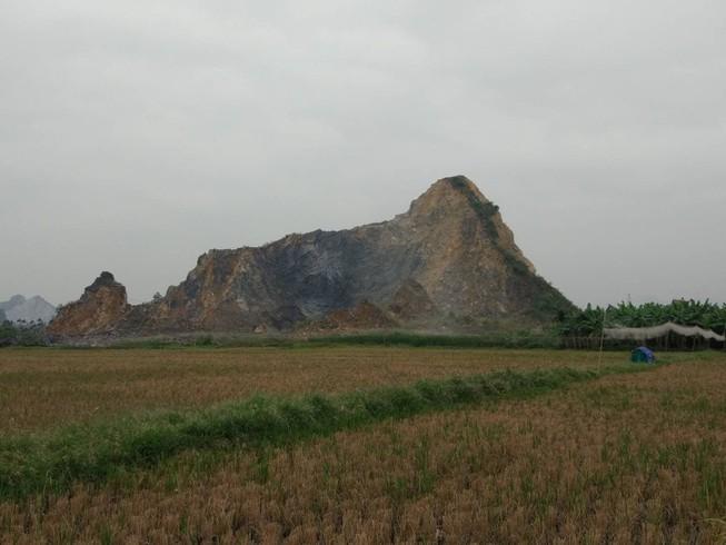 Sạt mỏ khai thác đá ở Hải Phòng, 2 công nhân thương vong Ảnh 1