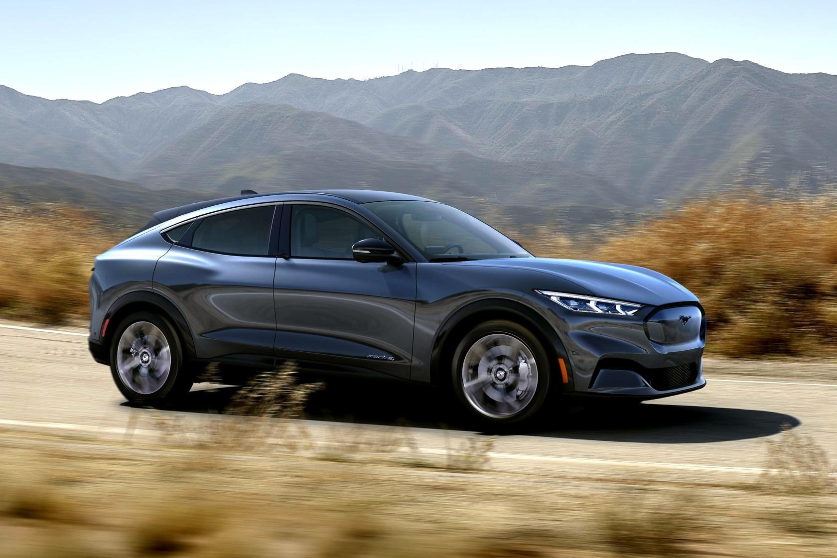 Ford Mustang Mach E ra mắt: Crossover thuần điện, giá từ 44.000 USD Ảnh 2