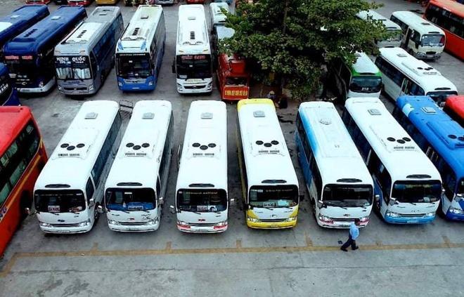 Sắp có tuyến buýt Huế - Đà Nẵng Ảnh 1