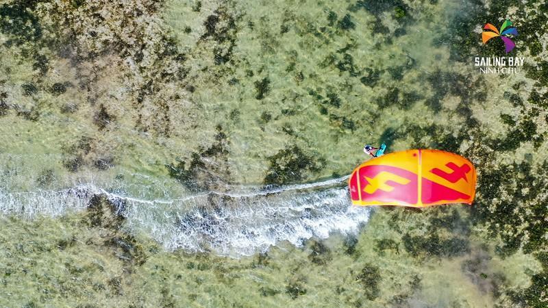 'Đại tiệc' lướt ván diều biển Ninh Chữ Ảnh 2