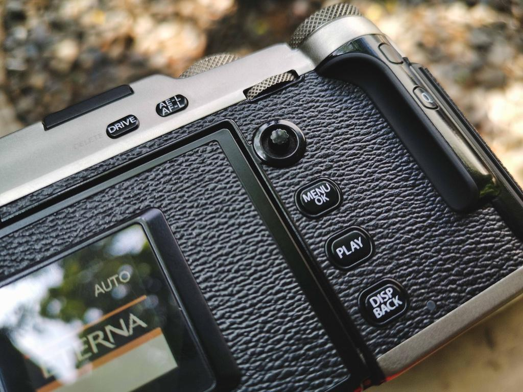 Đánh giá Fujifilm X-Pro3 - chỉ fan cứng mới mua Ảnh 6