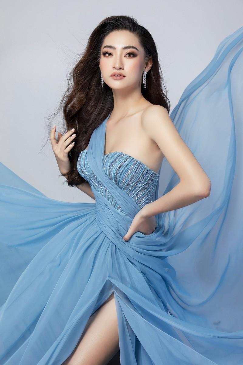 Ngắm Lương Thùy Linh trước giờ G chung kết Hoa hậu Thế giới Ảnh 12