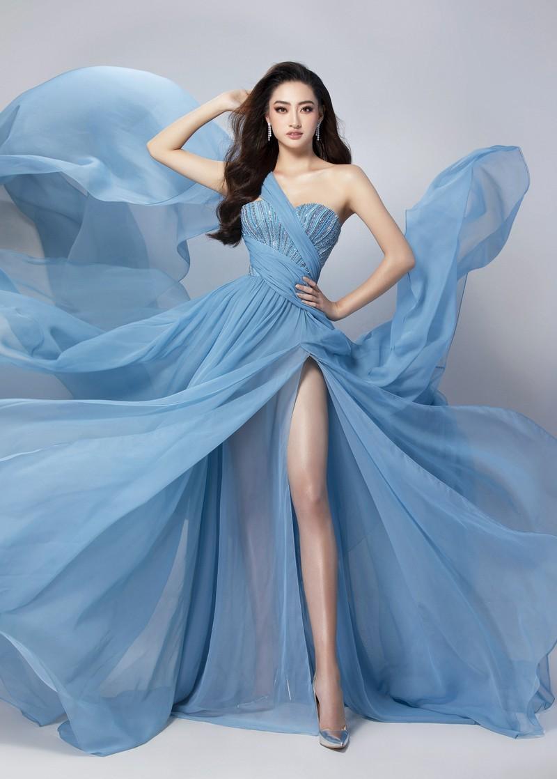 Ngắm Lương Thùy Linh trước giờ G chung kết Hoa hậu Thế giới Ảnh 11