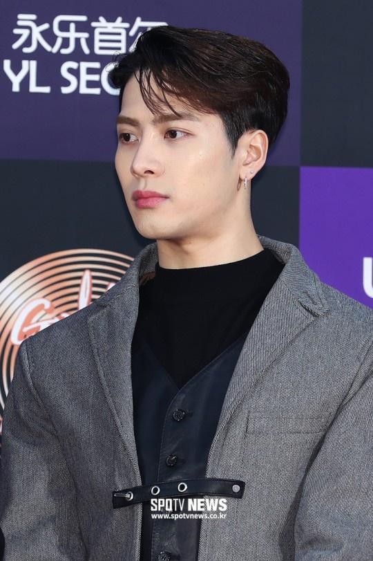 Hai gương mặt đẹp nhất thế giới hội tụ trên thảm đỏ 'Grammy Hàn Quốc' Ảnh 23