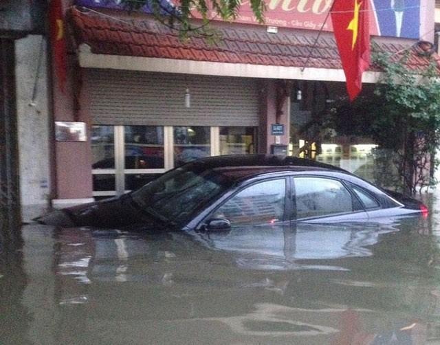 Làm thế nào để biết xe ô tô từng bị ngập nước? Ảnh 1