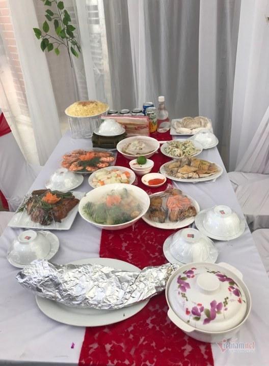 Cô dâu Quỳnh Anh rạng rỡ về nhà chồng Ảnh 4