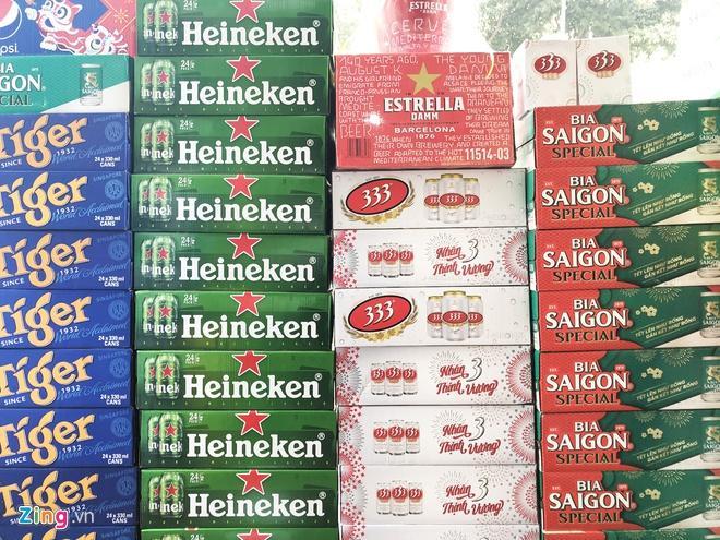 Sức mua ì ạch, bia Tết có dấu hiệu giảm giá Ảnh 1