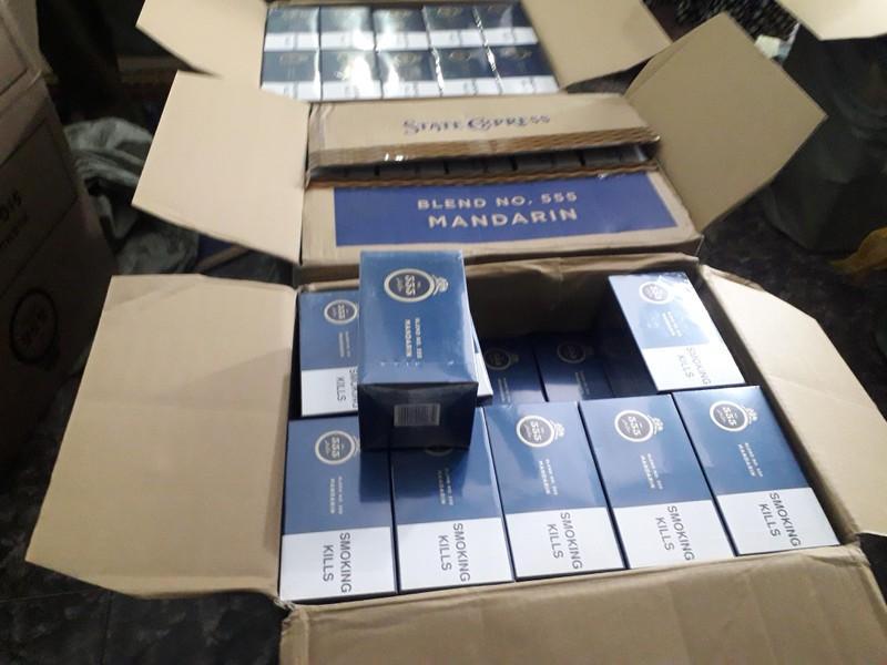 15.000 bao thuốc lá 555 bị thu giữ giữa Hà Nội Ảnh 3
