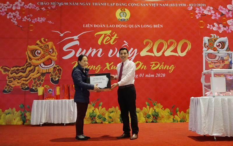 Đoàn viên công đoàn, người lao động quận Long Biên: Tưng bừng đón 'Tết Sum vầy' Ảnh 6