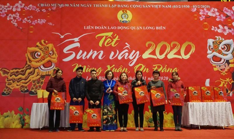 Đoàn viên công đoàn, người lao động quận Long Biên: Tưng bừng đón 'Tết Sum vầy' Ảnh 5
