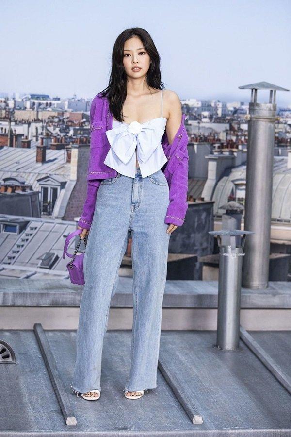 Mặc áo khoác giống Jennie Black Pink nhưng cách mix đồ của Chi Pu cao tay hơn hẳn Ảnh 4