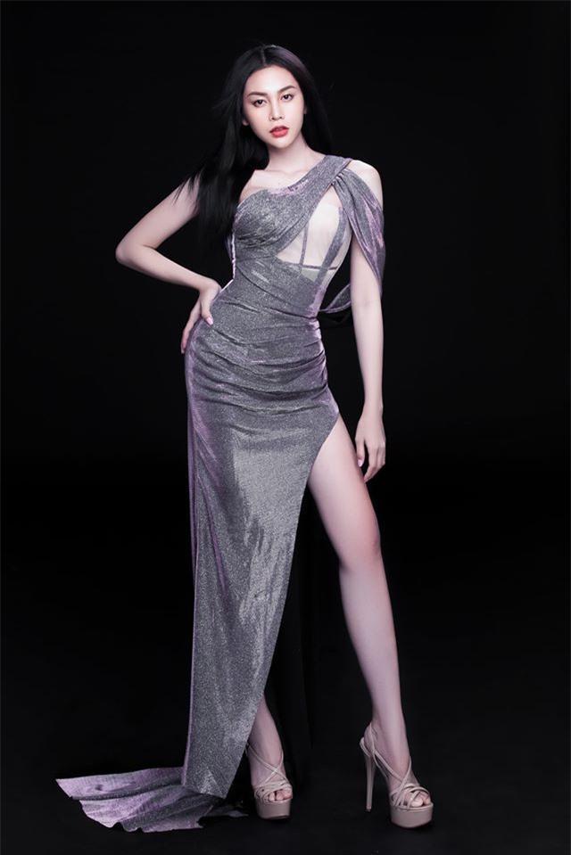 Người đẹp chuyển giới Lương Mỹ Kỳ gây sốt với gu ăn mặc cực nóng bỏng Ảnh 5