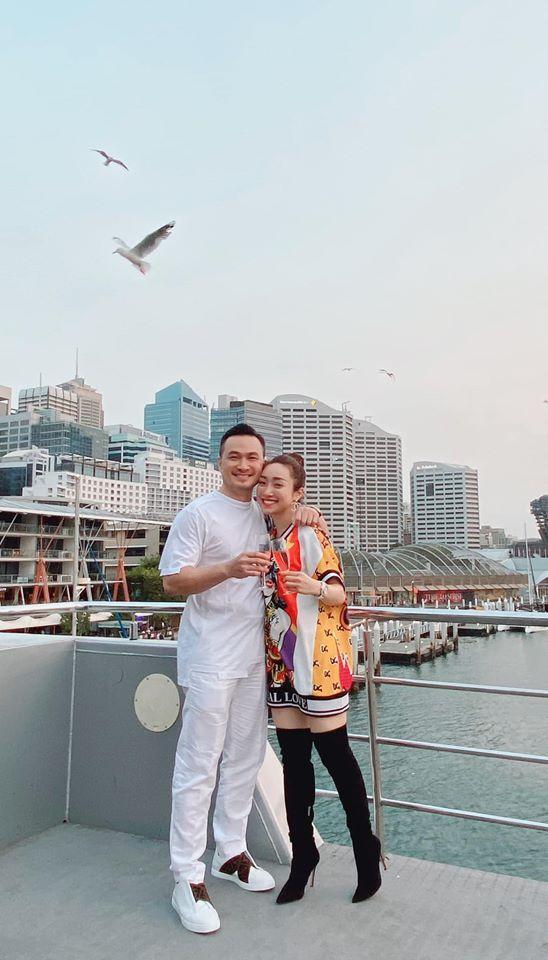 'Anh Chi Bảo đã ly hôn 2 lần, gia đình vẫn ủng hộ tôi yêu' Ảnh 6