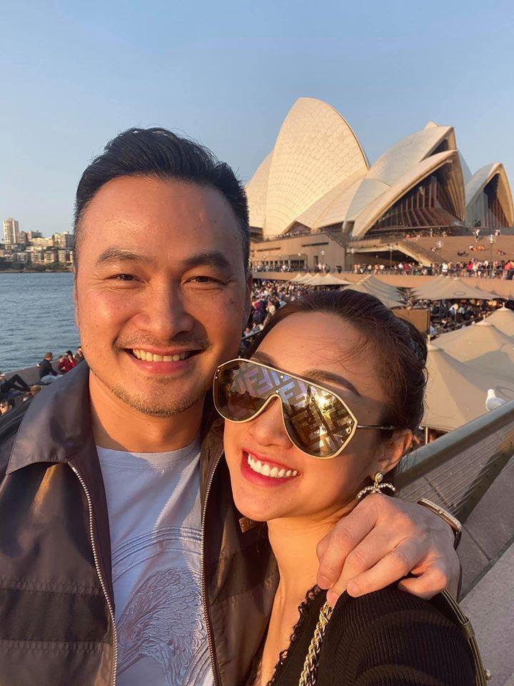 'Anh Chi Bảo đã ly hôn 2 lần, gia đình vẫn ủng hộ tôi yêu' Ảnh 5