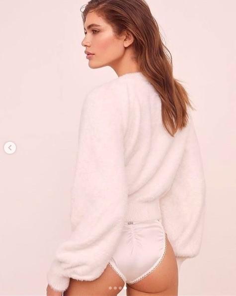 Vóc dáng đẹp đáng ngưỡng mộ của người mẫu chuyển giới Valentina Sampaio Ảnh 11