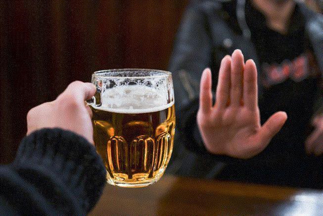 Nhờ có quy định cấm rượu bia, Tết năm nay tôi từ chối được rất nhiều Ảnh 1
