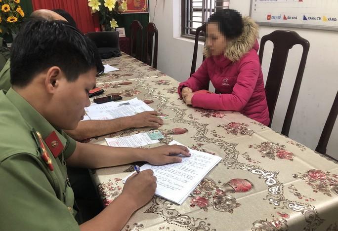 Lên Facebook bịa chuyện 2 người Trung Quốc nhập viện do nhiễm virus corona, bị phạt 12,5 triệu đồng Ảnh 1