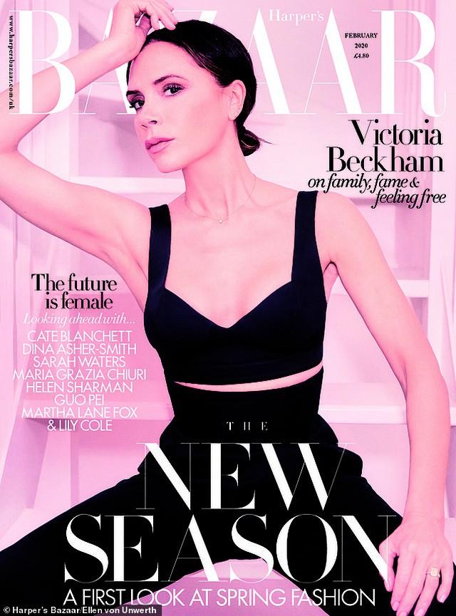 Victoria Beckham mặc đồ tập gym, để mặt mộc ra phố Ảnh 4