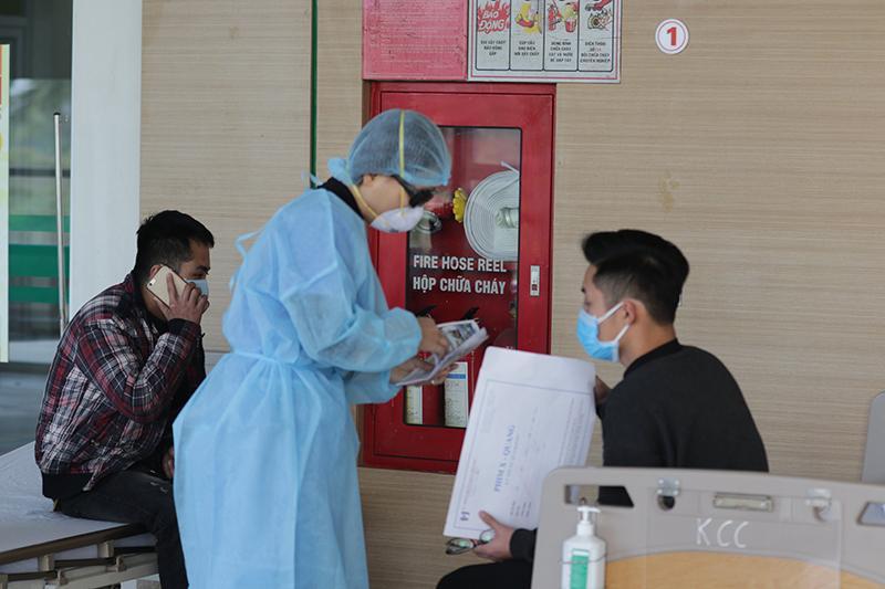 Bộ Y tế: Sẽ phạt nặng những cơ sở tăng giá khẩu trang Ảnh 1