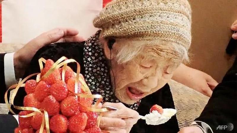 Bí quyết sống khỏe mạnh của người phụ nữ thọ nhất thế giới Ảnh 1