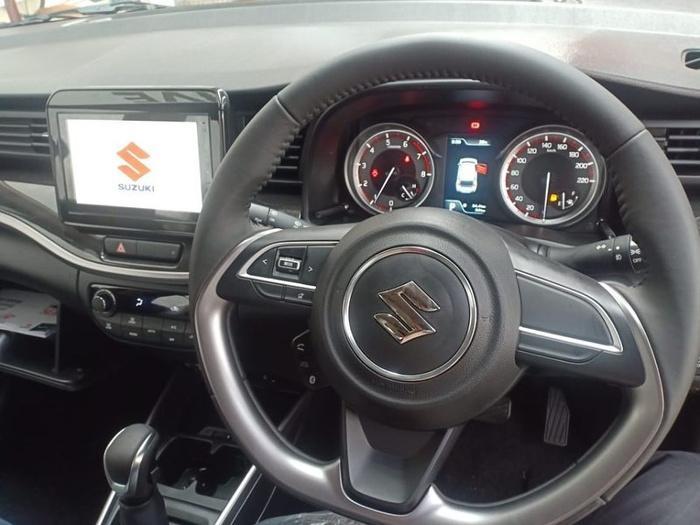 Cận cảnh Suzuki XL7, đối thủ mới của Mitsubishi Xpander Cross Ảnh 3