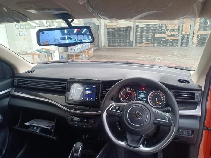 Cận cảnh Suzuki XL7, đối thủ mới của Mitsubishi Xpander Cross Ảnh 2