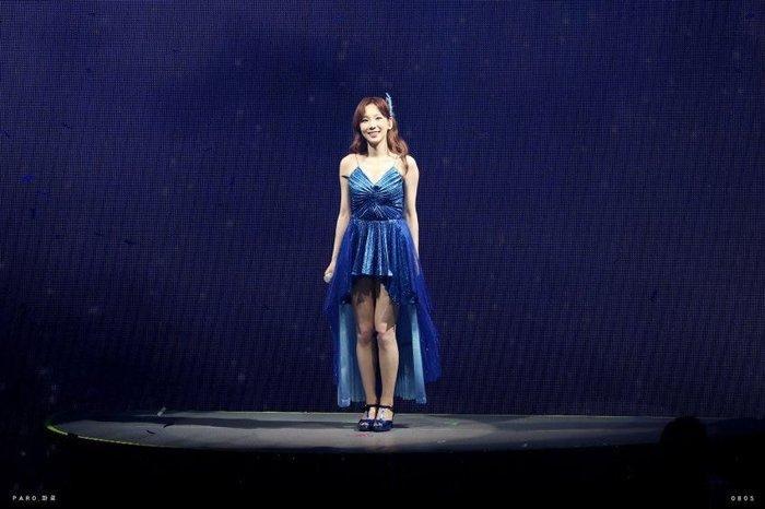 Joy (Red Velvet), Taeyeon (SNSD) và Han Hyo Joo đụng độ váy 79 triệu đồng: Ai mặc đẹp hơn? Ảnh 4
