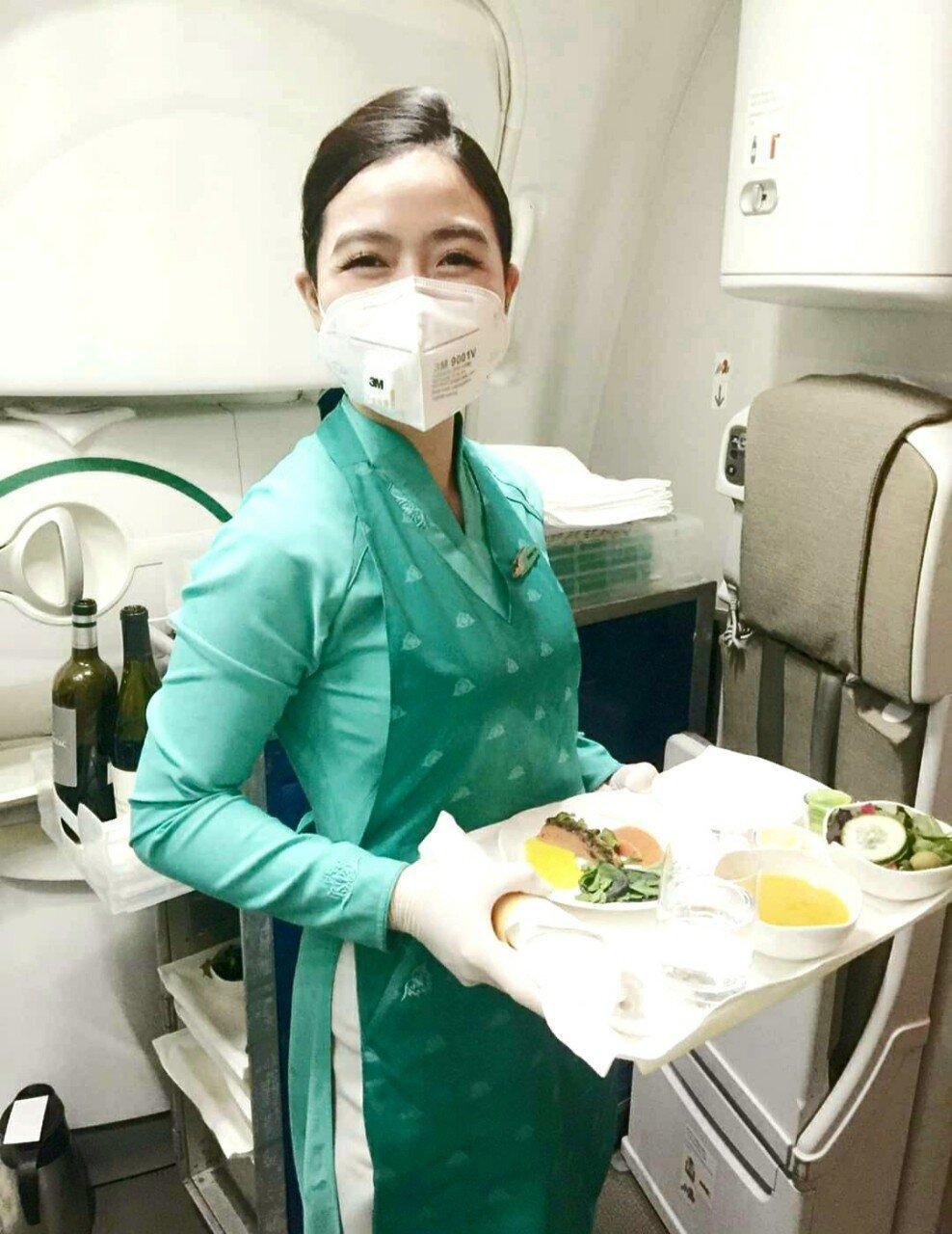 Vietnam Airlines khử trùng toàn bộ tàu bay trở về từ vùng có dịch nCoV Ảnh 2