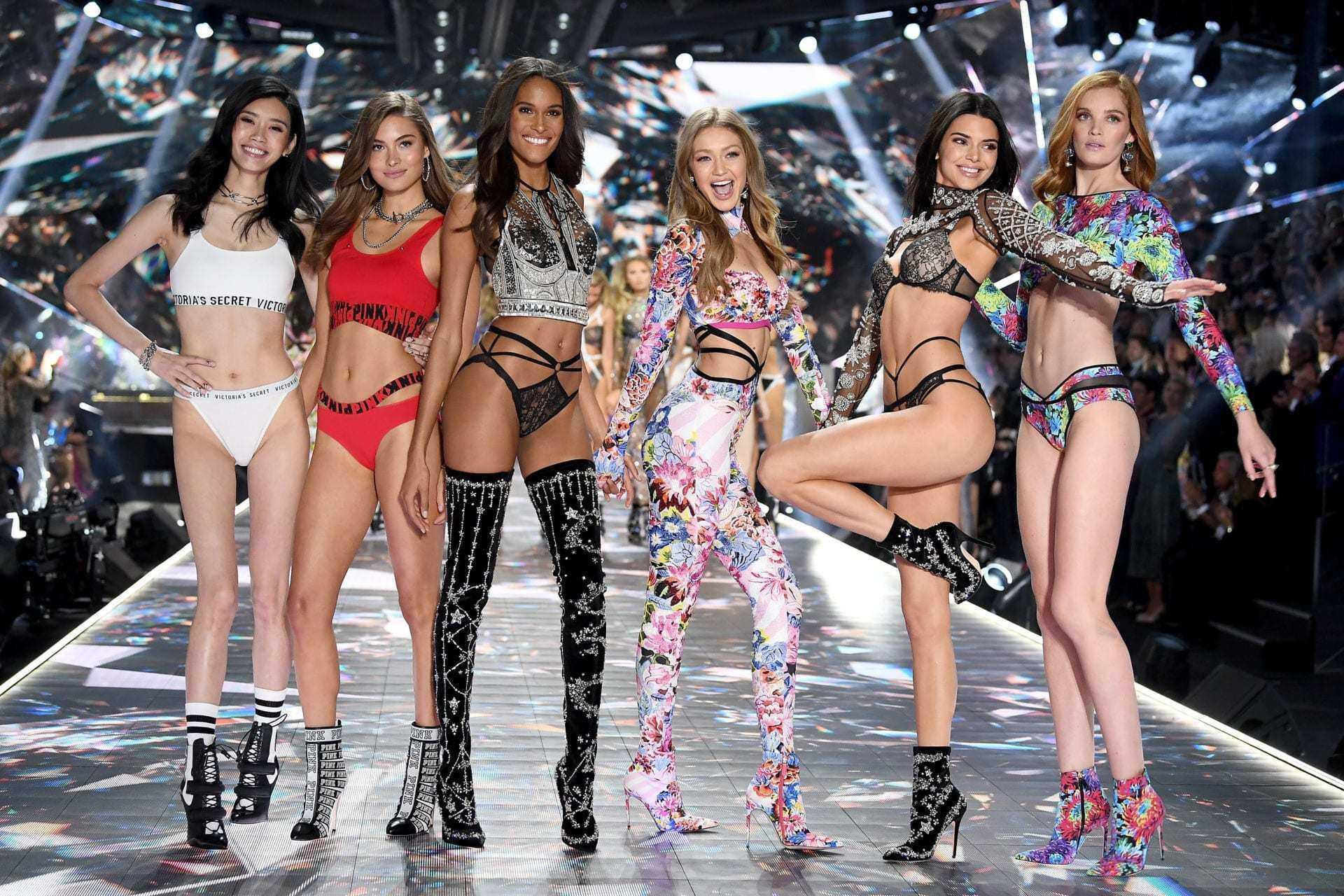 Đối mặt bê bối tình dục, tương lai của đế chế Victoria's Secret sẽ về đâu? Ảnh 1