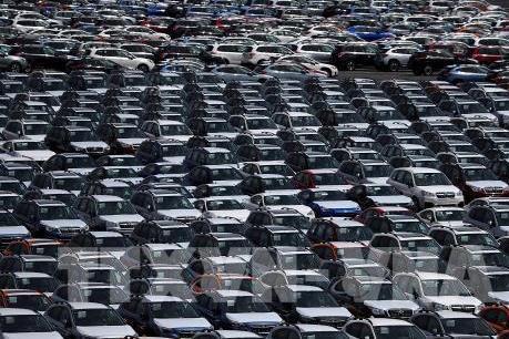 Chính phủ Anh sẽ cấm bán xe chạy bằng xăng và dầu diesel vào năm 2035 Ảnh 1