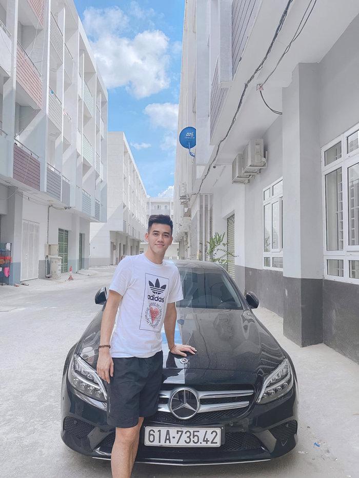 Tiền đạo Tiến Linh tậu Mercedes-Benz tiền tỷ khi chỉ mới 23 tuổi Ảnh 1