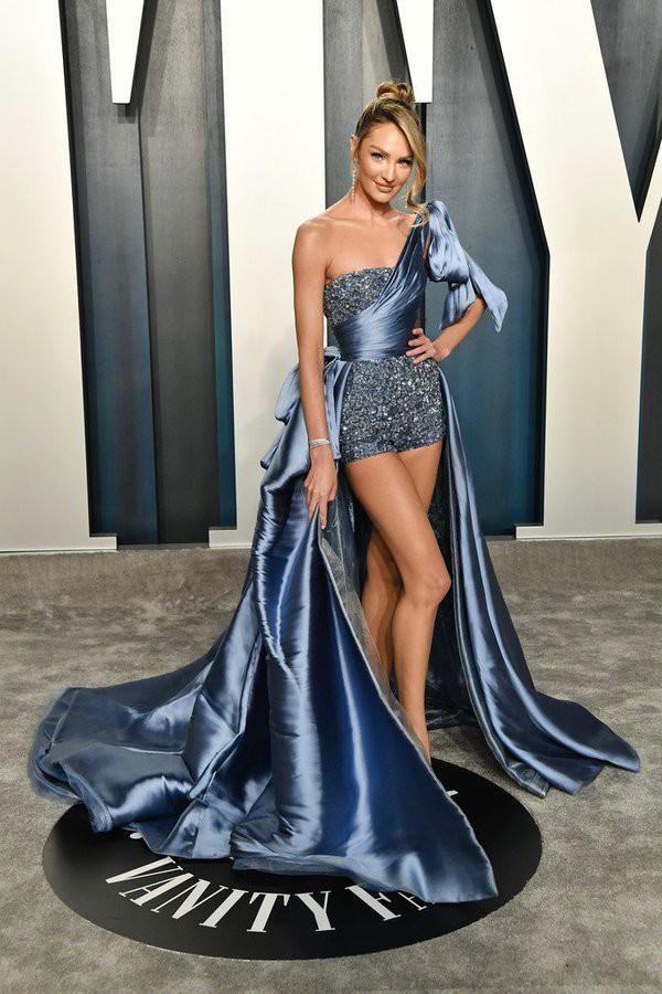 Candice Swanepoel quyến rũ hút hồn với loạt bikini 'bỏng mắt' Ảnh 8