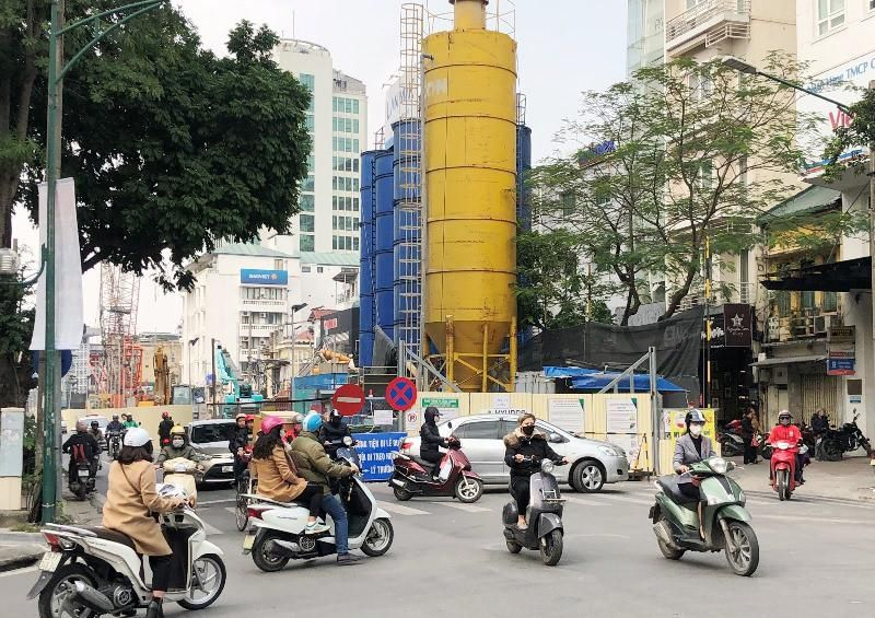 Nhận diện 10 điểm ùn tắc giao thông mới phát sinh ở Hà Nội Ảnh 1