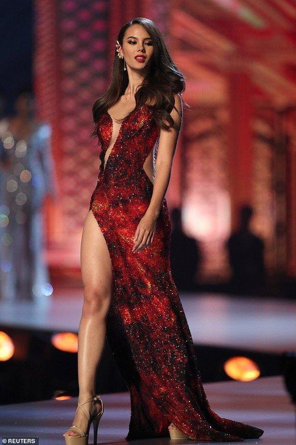 Hoa hậu Philippines 'phá sản' vì chiến lược váy áo đầy tham vọng ở Miss Universe Ảnh 7