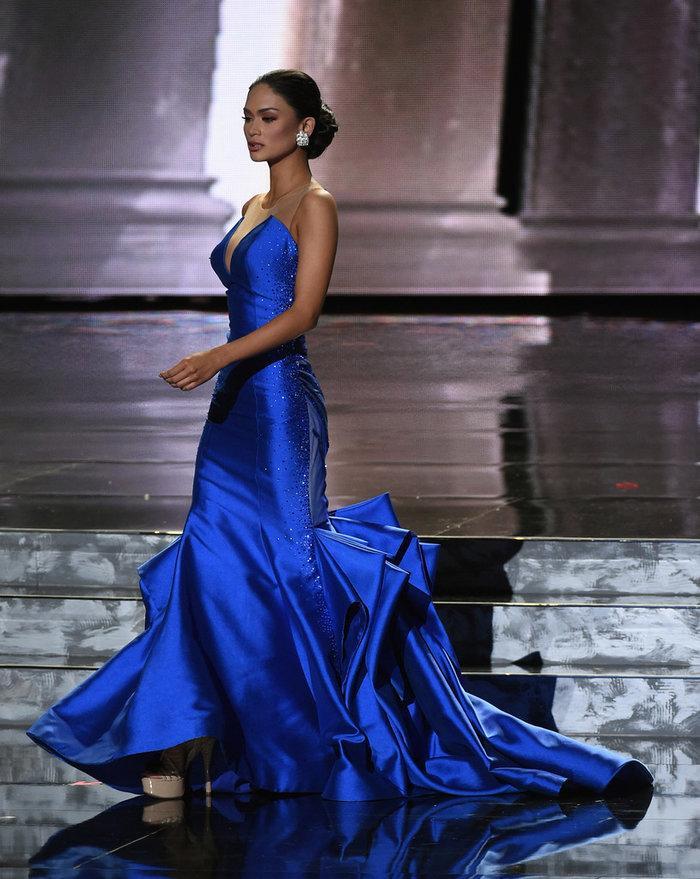 Hoa hậu Philippines 'phá sản' vì chiến lược váy áo đầy tham vọng ở Miss Universe Ảnh 2