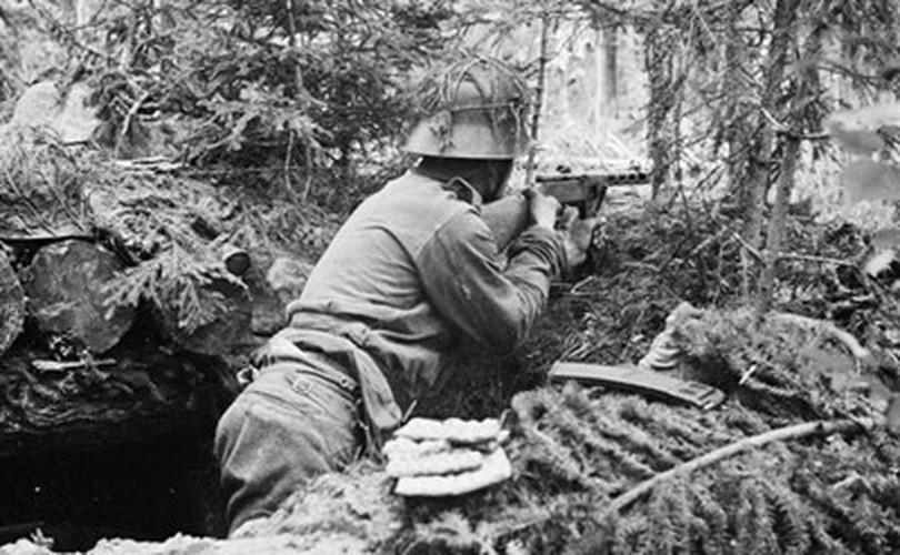 Súng tiểu liên 78 tuổi Liên Xô xả liên tục 900 phát đạn mà không hỏng hóc Ảnh 12