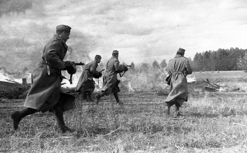 Súng tiểu liên 78 tuổi Liên Xô xả liên tục 900 phát đạn mà không hỏng hóc Ảnh 10