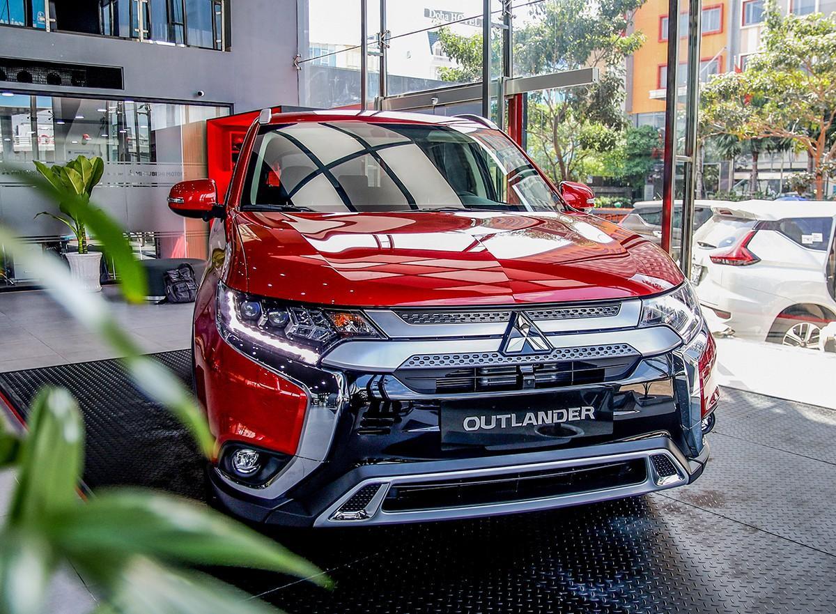 Khám phá Mitsubishi Outlander 2020 giá từ hơn 800 triệu đồng Ảnh 1