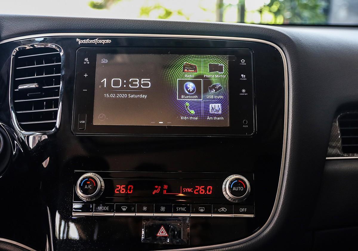 Khám phá Mitsubishi Outlander 2020 giá từ hơn 800 triệu đồng Ảnh 5