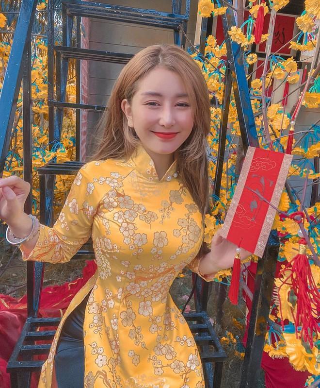 Vòng eo 'siêu thực' của hội hot girl Việt, nhìn mà phát thèm Ảnh 2
