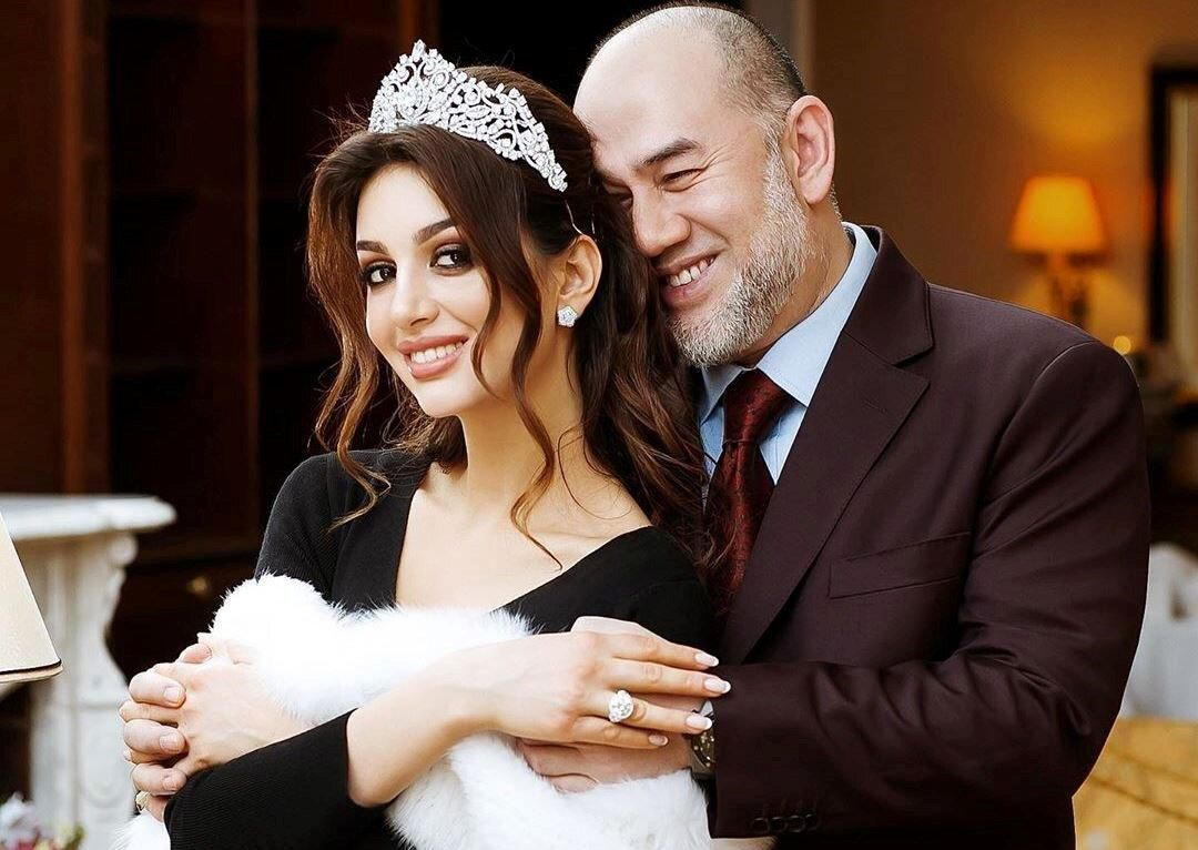 Hoa hậu Nga tiết lộ 'thâm cung bí sử' về hôn nhân với cựu vương Malaysia Ảnh 1