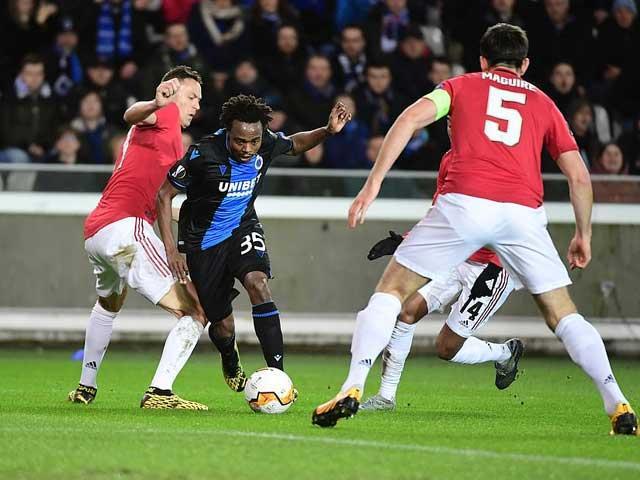 Lượt đi vòng 1/16 Europa League: Quỷ đỏ may mắn thoát thua