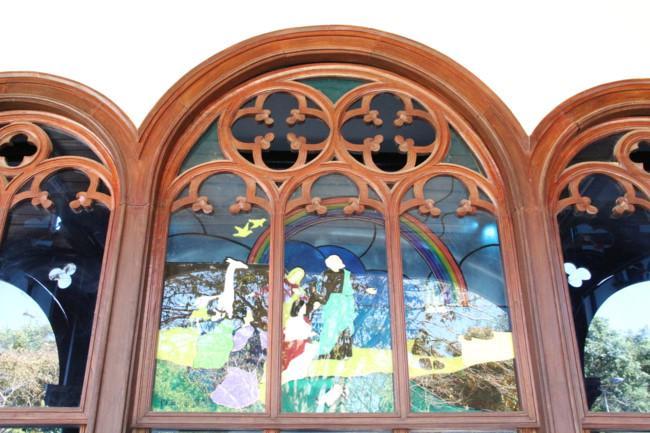 Choáng ngợp nhà thờ gỗ hơn 100 tuổi ở Kon Tum Ảnh 5
