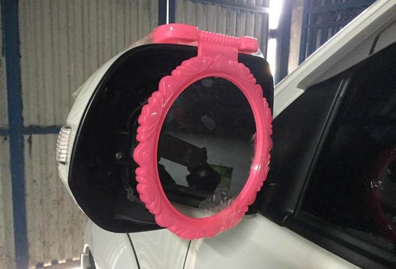 Ô tô bị trộm 'vặt' mất gương gắn gương tạm vẫn bị phạt tiền Ảnh 2