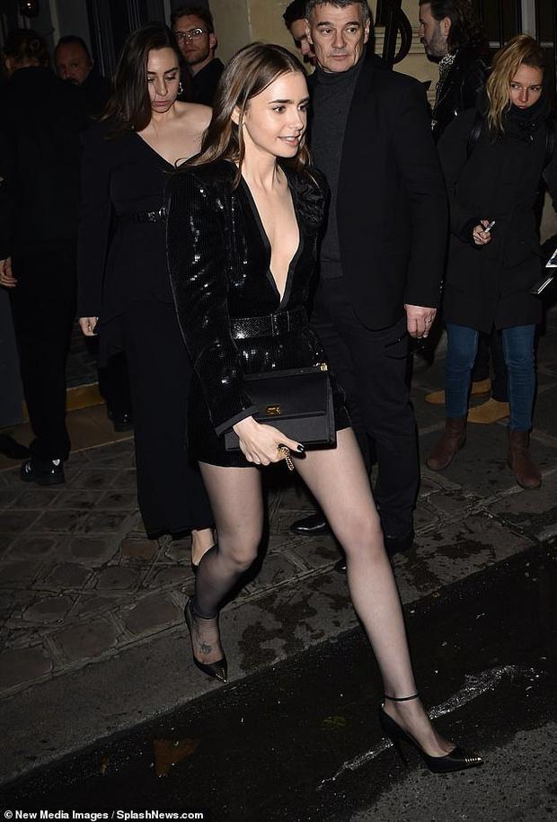 Hailey Bieber được khen gợi cảm ở Paris Fashion Week Ảnh 7