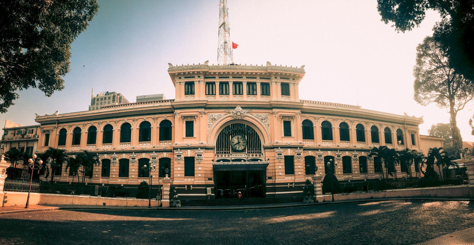 Khám phá Bưu điện gần 130 năm tuổi ở TP Hồ Chí Minh Ảnh 1