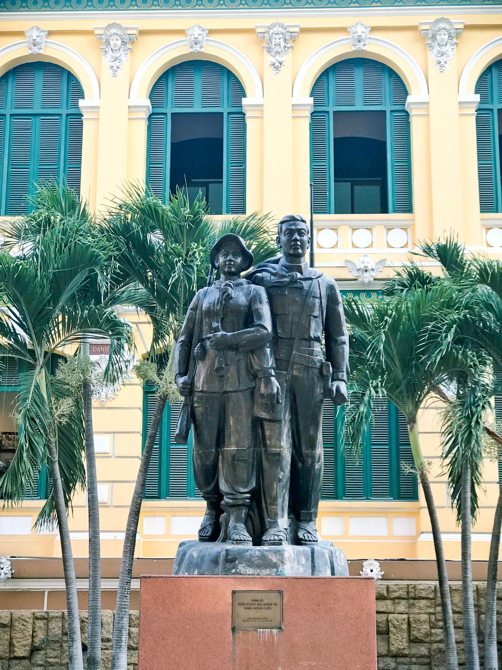 Khám phá Bưu điện gần 130 năm tuổi ở TP Hồ Chí Minh Ảnh 13